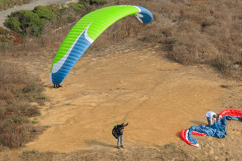 San Francisco Bay Area Paragliding Lessons